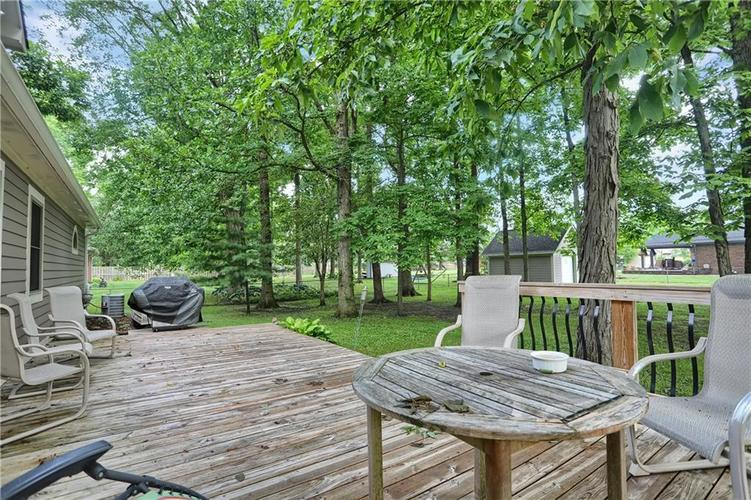 7018 W Timber Drive New Palestine, IN 46163 | MLS 21655337 | photo 33