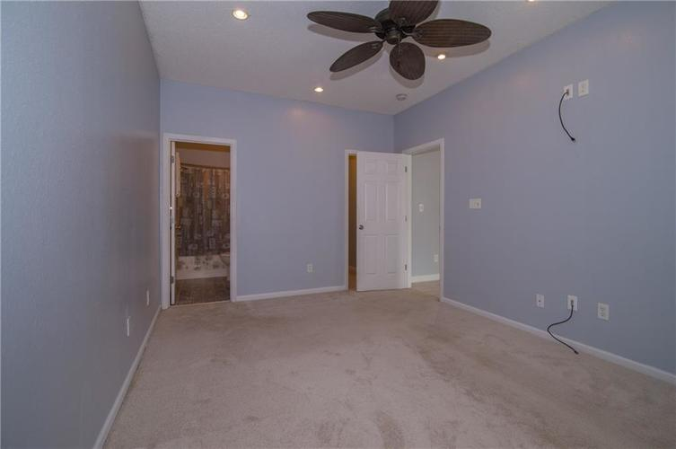 10847 RUNNING BROOK Road Indianapolis, IN 46234 | MLS 21655341 | photo 19