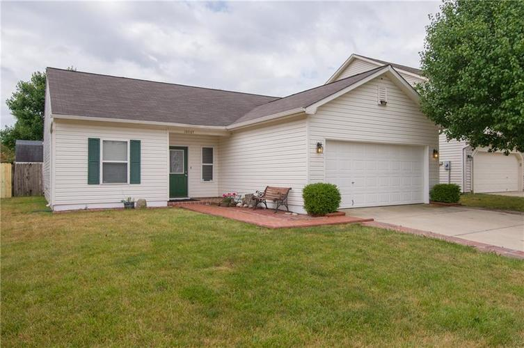 10847 RUNNING BROOK Road Indianapolis, IN 46234 | MLS 21655341 | photo 2