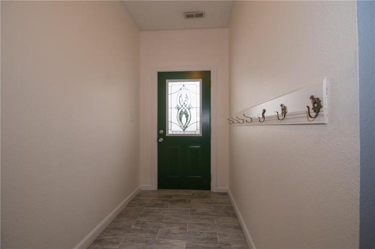 10847 RUNNING BROOK Road Indianapolis, IN 46234 | MLS 21655341 | photo 5
