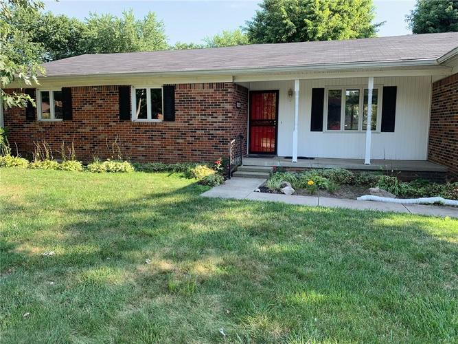 1707 Beech Drive N Plainfield, IN 46168 | MLS 21655367 | photo 1