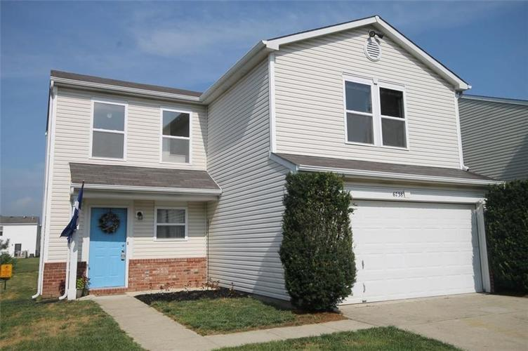 6738 Waverhill Drive Indianapolis, IN 46217 | MLS 21655382 | photo 1
