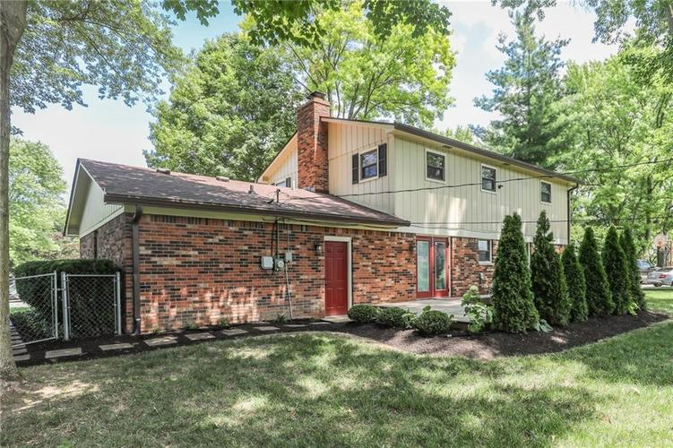 584 Watterson Court Indianapolis, IN 46217 | MLS 21655426 | photo 30