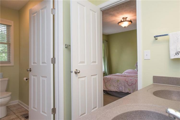 8797 Weather Stone Crossing Zionsville, IN 46077 | MLS 21655428 | photo 27