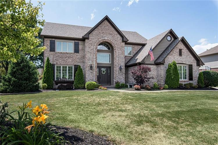 13958  Silver Stream Drive Carmel, IN 46032 | MLS 21655517
