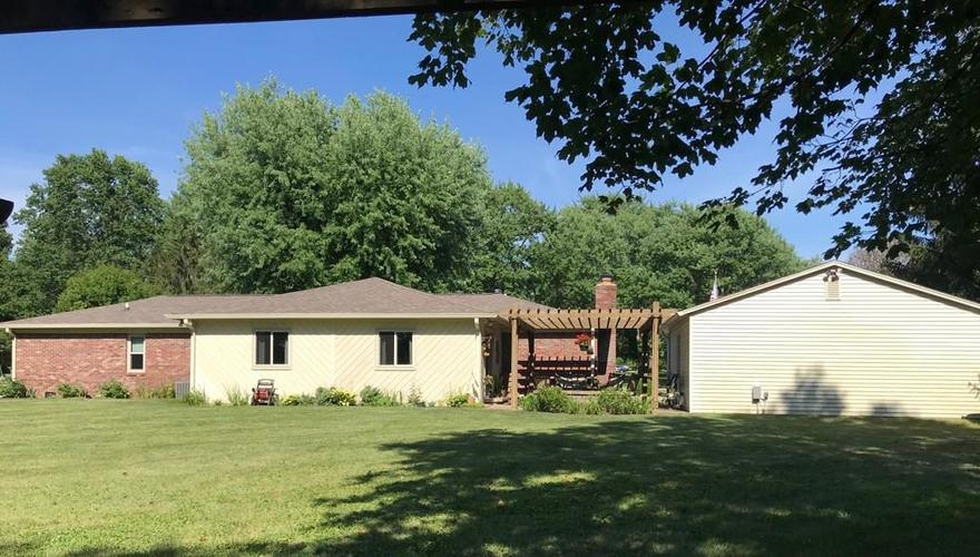 1426 S Buttercup Drive New Palestine, IN 46163 | MLS 21655521 | photo 5