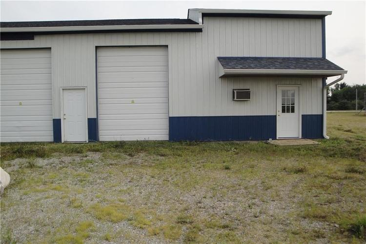 3215 W County Road 875 Road Spiceland, IN 47385 | MLS 21655531