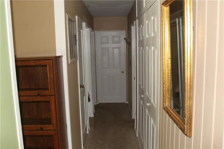233 Mooreland Drive Whiteland, IN 46184 | MLS 21655640 | photo 20