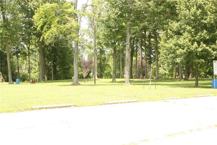 233 Mooreland Drive Whiteland, IN 46184 | MLS 21655640 | photo 28
