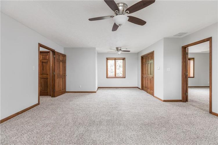 7727 Normandy Boulevard Indianapolis, IN 46278 | MLS 21655667 | photo 21
