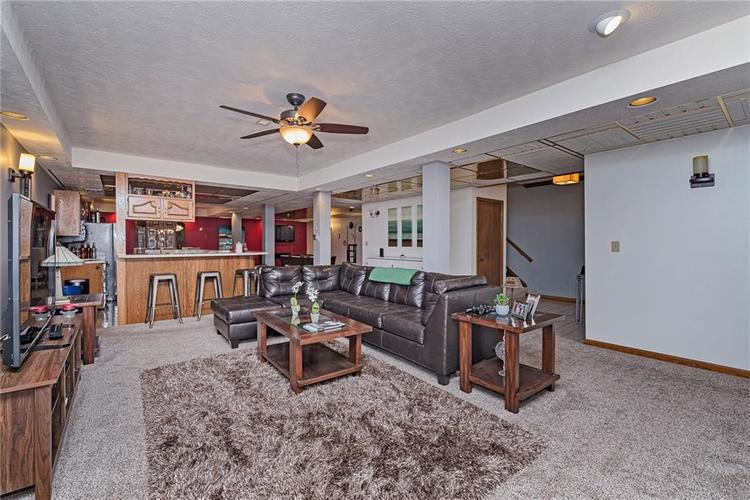 6531 GRANT WOOD Court Indianapolis, IN 46256 | MLS 21655787 | photo 19
