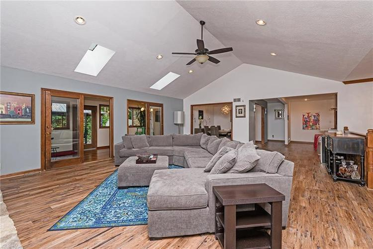 6531 GRANT WOOD Court Indianapolis, IN 46256 | MLS 21655787 | photo 6