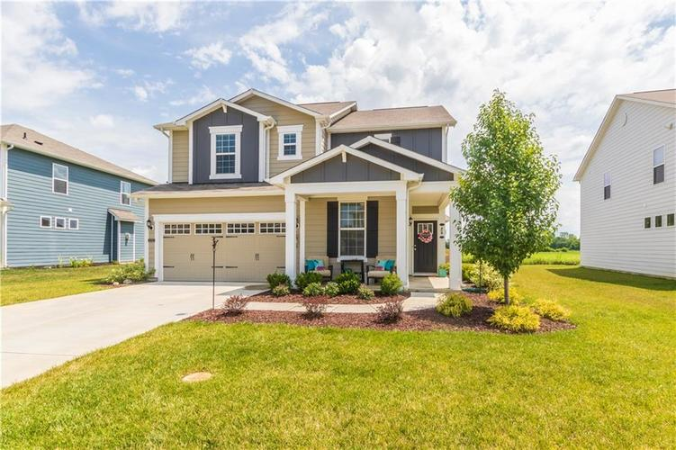 13555 Forest Glade Drive Fishers, IN 46037 | MLS 21655797 | photo 1