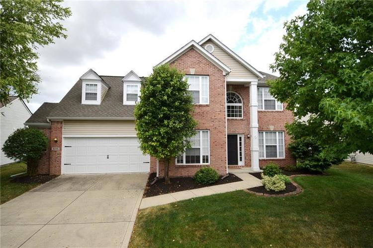 6255 Canterbury Drive Zionsville, IN 46077 | MLS 21655822 | photo 1