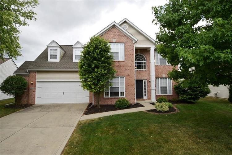 6255 Canterbury Drive Zionsville, IN 46077 | MLS 21655822 | photo 2
