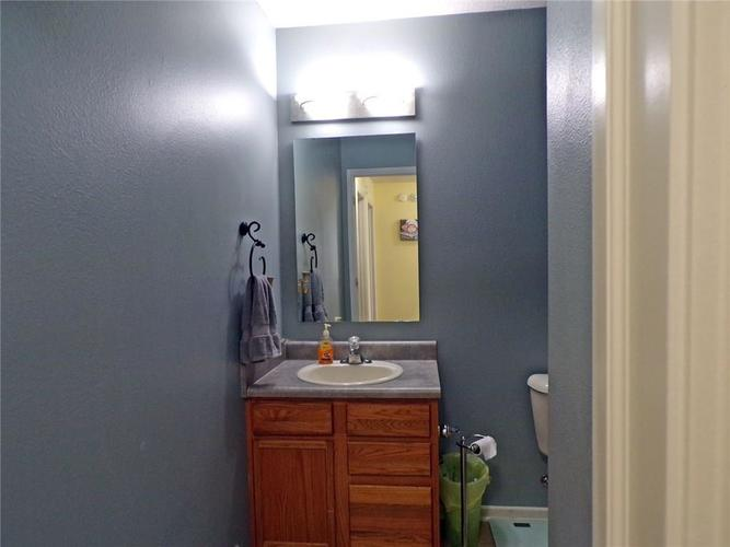 5514 Front Point Court Indianapolis, IN 46237 | MLS 21655886 | photo 14