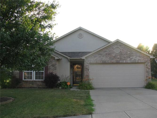 5514 Front Point Court Indianapolis, IN 46237 | MLS 21655886 | photo 2