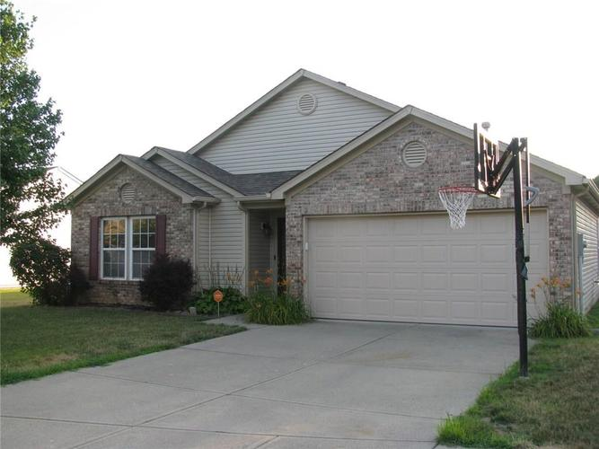 5514 Front Point Court Indianapolis, IN 46237 | MLS 21655886 | photo 3