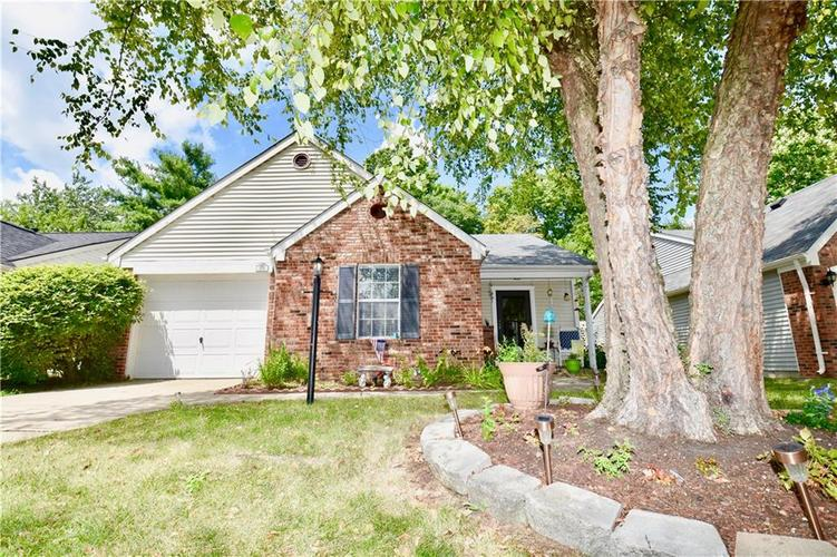 6626  SUNDOWN Drive Indianapolis, IN 46254 | MLS 21655900