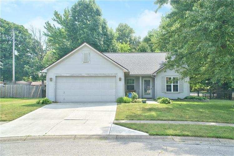 12531 Wolford Place Fishers, IN 46038 | MLS 21655926 | photo 1
