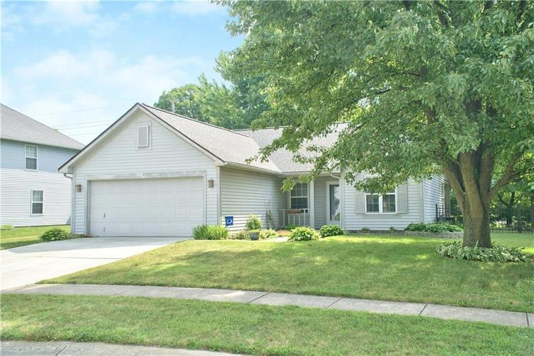 12531 Wolford Place Fishers, IN 46038 | MLS 21655926 | photo 2