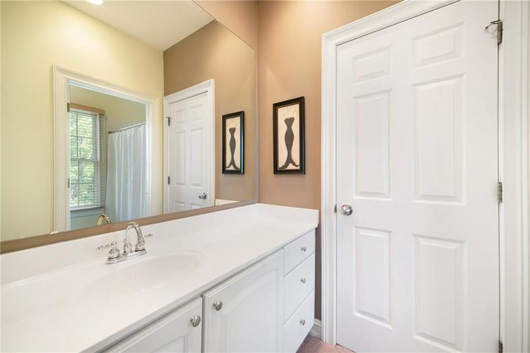 4224 HEYWARD Place Indianapolis, IN 46250 | MLS 21655940 | photo 15