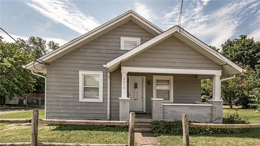 2215 W 60th Street Indianapolis, IN 46228 | MLS 21655954 | photo 1