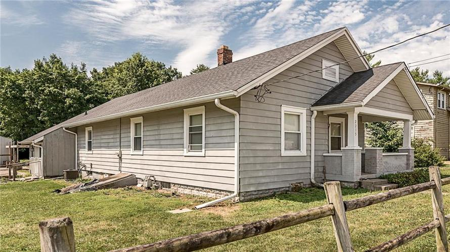 2215 W 60th Street Indianapolis, IN 46228 | MLS 21655954 | photo 25