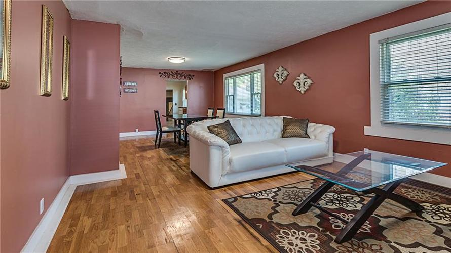 2215 W 60th Street Indianapolis, IN 46228 | MLS 21655954 | photo 3