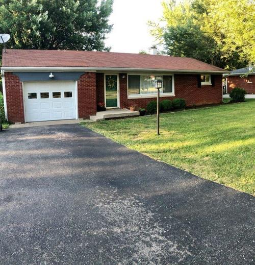 2604 E Loretta Drive Indianapolis, IN 46227 | MLS 21655956 | photo 1