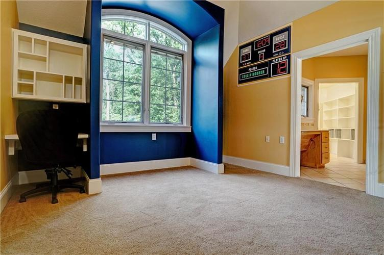 5865 W Carr Hill Road Columbus, IN 47201 | MLS 21656066 | photo 22