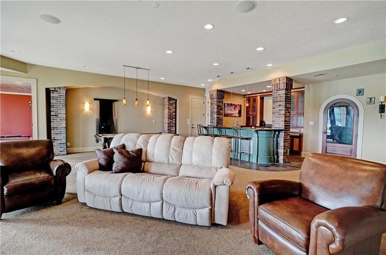 5865 W Carr Hill Road Columbus, IN 47201 | MLS 21656066 | photo 26