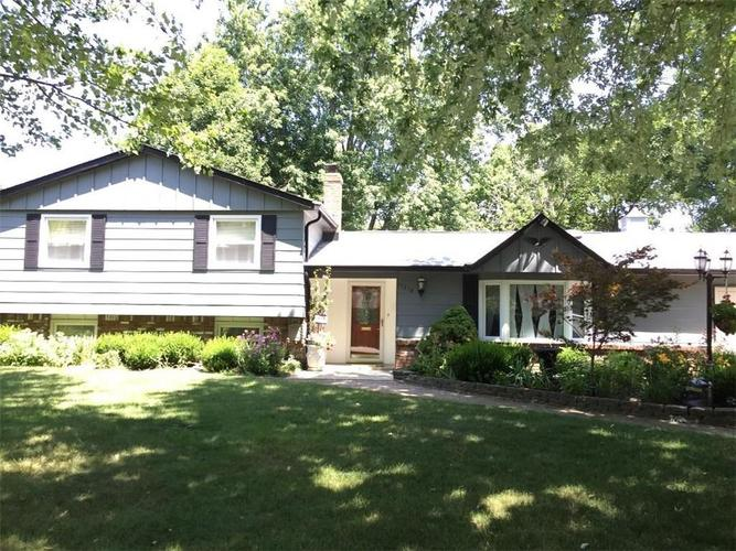 11218  McDowell Drive Indianapolis, IN 46229 | MLS 21656177