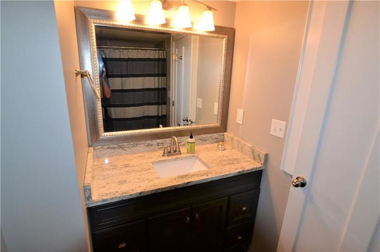 230 E 9th Street #409 Indianapolis, IN 46204 | MLS 21656184 | photo 12
