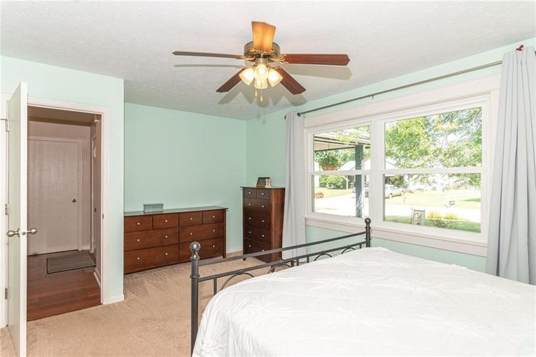 8135 SUMMERTREE Court Indianapolis, IN 46256 | MLS 21656226 | photo 19