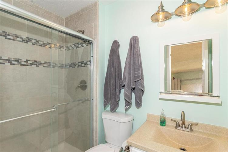 8135 SUMMERTREE Court Indianapolis, IN 46256 | MLS 21656226 | photo 23