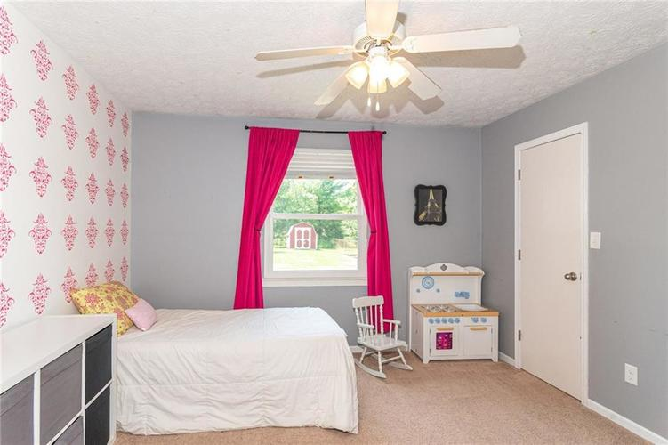 8135 SUMMERTREE Court Indianapolis, IN 46256 | MLS 21656226 | photo 28