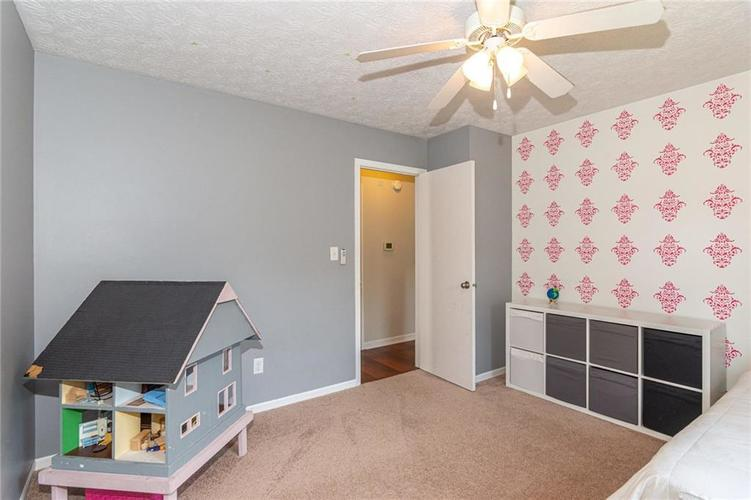 8135 SUMMERTREE Court Indianapolis, IN 46256 | MLS 21656226 | photo 29