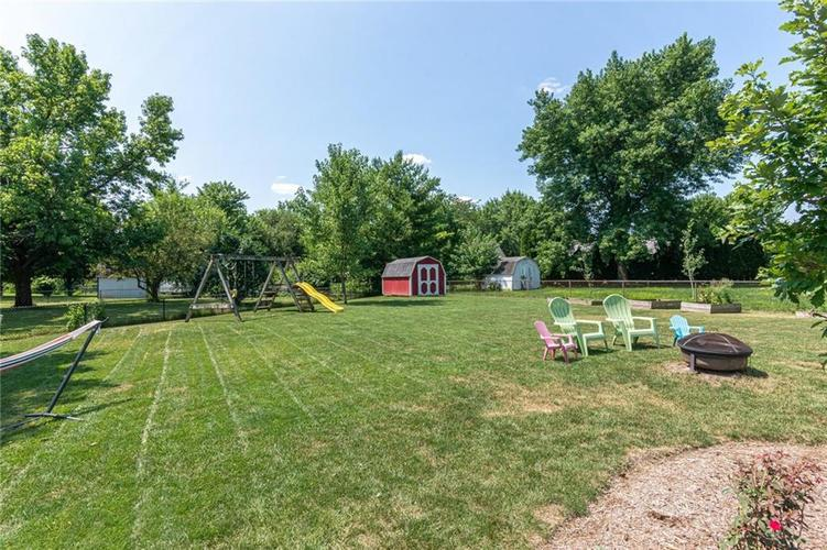 8135 SUMMERTREE Court Indianapolis, IN 46256 | MLS 21656226 | photo 6