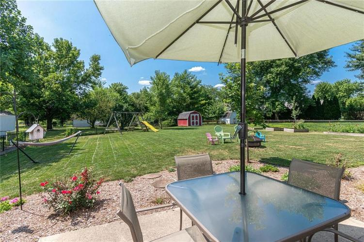 8135 SUMMERTREE Court Indianapolis, IN 46256 | MLS 21656226 | photo 7