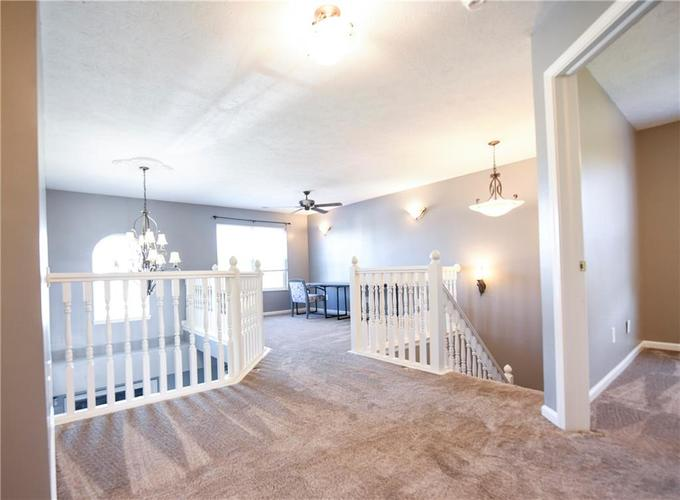 216 Heartwood Hill Greenfield, IN 46140 | MLS 21656241 | photo 22