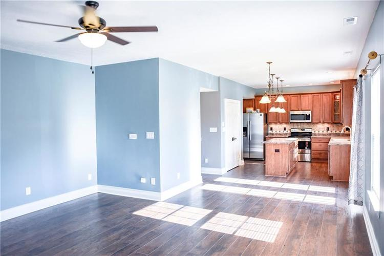 216 Heartwood Hill Greenfield, IN 46140 | MLS 21656241 | photo 28