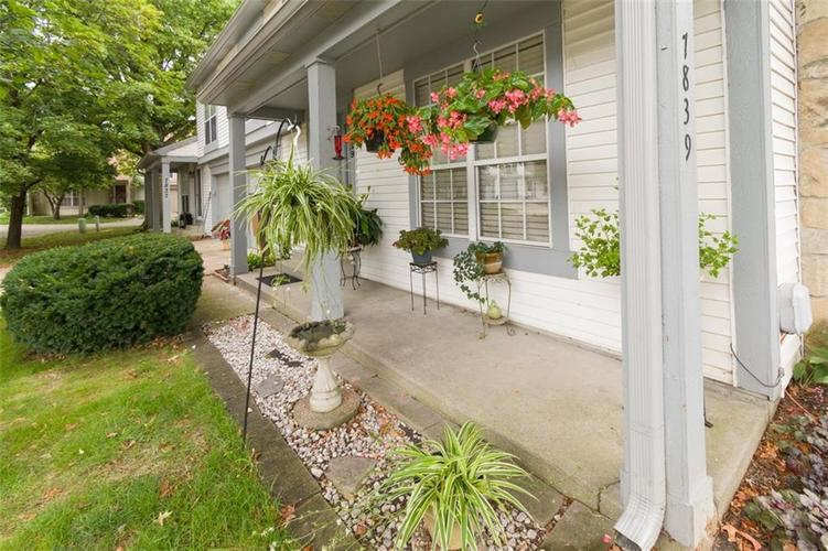 7839 Hunters Path Indianapolis, IN 46214 | MLS 21656272 | photo 2