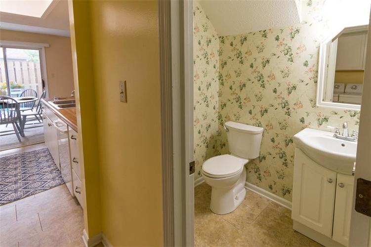 7839 Hunters Path Indianapolis, IN 46214 | MLS 21656272 | photo 22