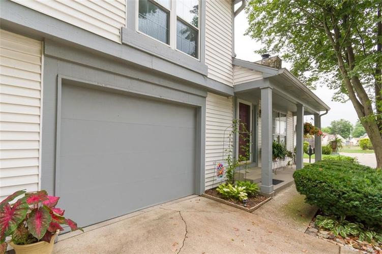 7839 Hunters Path Indianapolis, IN 46214 | MLS 21656272 | photo 6