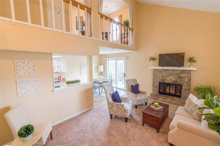 7839 Hunters Path Indianapolis, IN 46214 | MLS 21656272 | photo 9