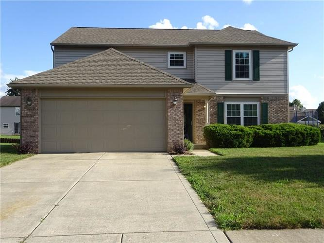 9937 Fountain Cove Drive Indianapolis, IN 46236 | MLS 21656314 | photo 1