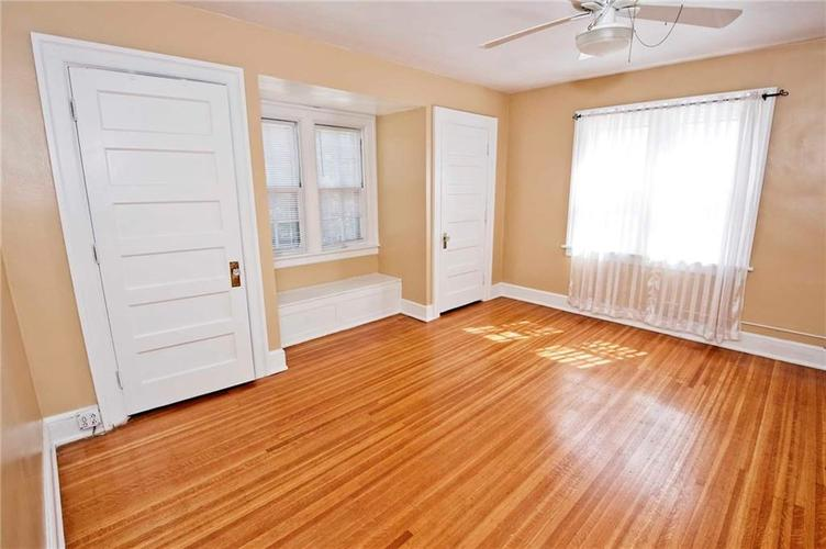4175 N Central Avenue Indianapolis, IN 46205 | MLS 21656395 | photo 10