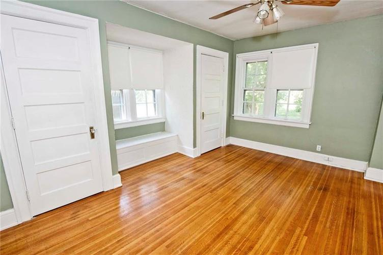 4175 N Central Avenue Indianapolis, IN 46205 | MLS 21656395 | photo 11