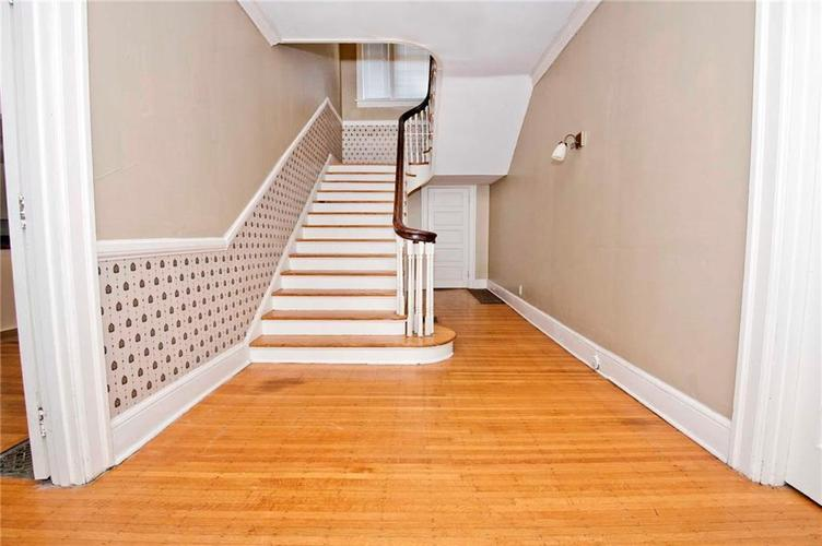 4175 N Central Avenue Indianapolis, IN 46205 | MLS 21656395 | photo 7